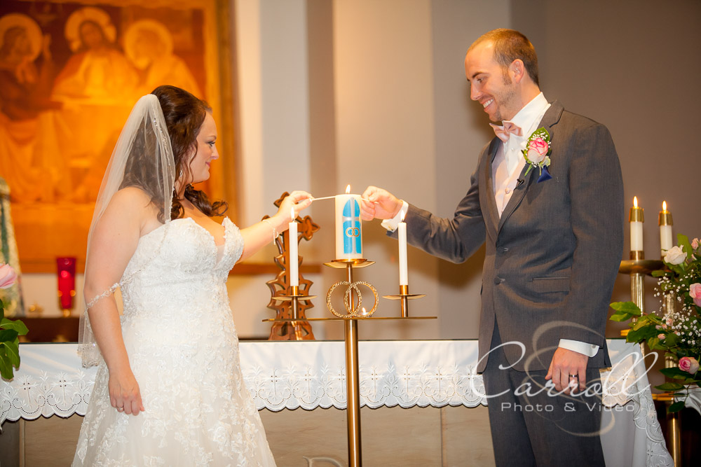 Beautiful wedding pictures from wedding at St. Josephs Catholic Church in Alliance Ohio by Alliance Ohio Wedding photographers -Carroll Photo & Video